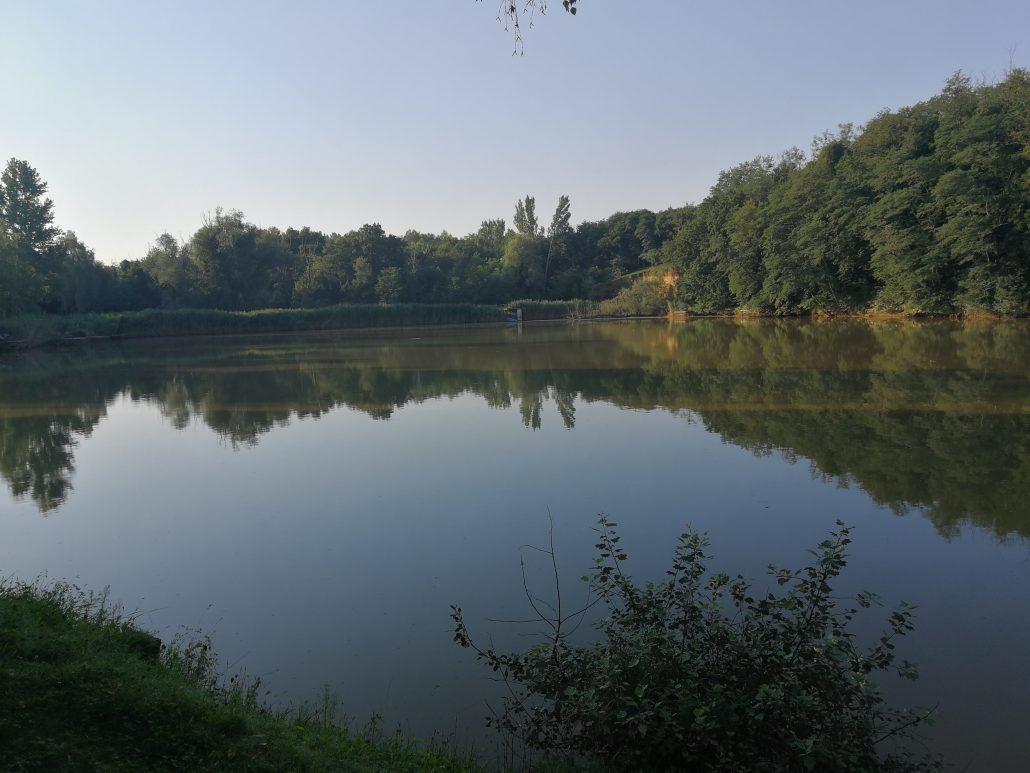 Galambok lake